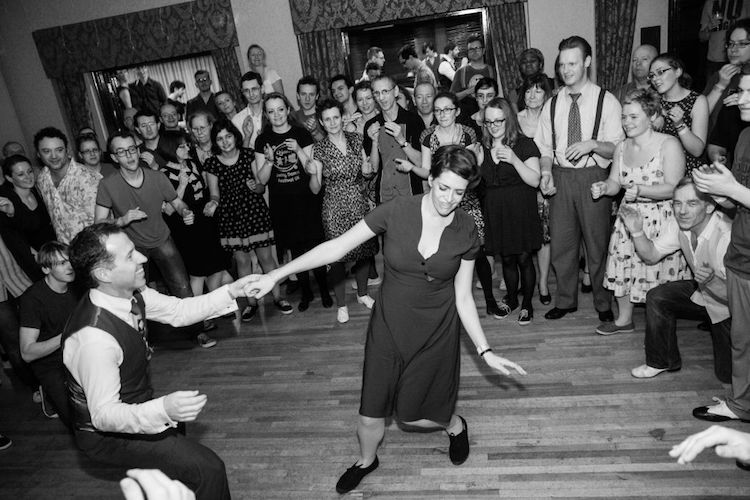 LINDY-HOP + SWING PARTY