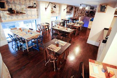 Comedor del Kafe Kovac en Bilbao