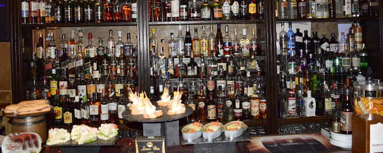Corto Maltés bar de copas en Bilbao