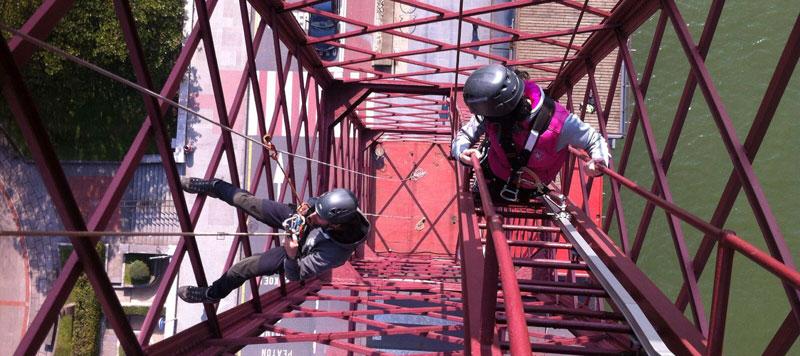 Escalada y rappel en el Puente Colgante de Bizkaia